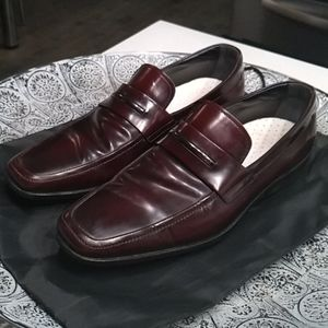 Tod's Burgundy Leather Driving Shoes 9M